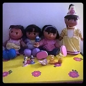 Other - 4 Sets of Dora Dolls + Accessories